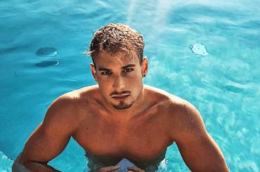 Alex Di Giorgio, il nuotatore azzurro da medaglia d'oro: è pacco social – foto Instagram