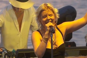 Robyn, primo live da Ibiza per Missing U – video