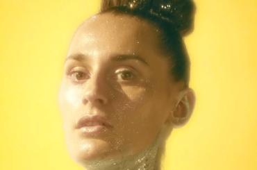 OMG, il nuovo video di YELLE