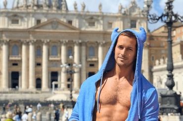 Max Emerson, nudo social dalla Toscana – foto