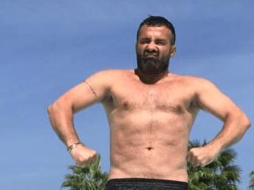 Luca Tommassini vs. Vittorio Feltri e la sua volgare e gratuita omofobia: 'SFIGATO!' – video