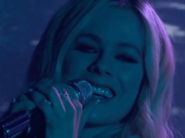 Head Above Water di Avril Lavigne, primo live da  Jimmy Kimmel – video