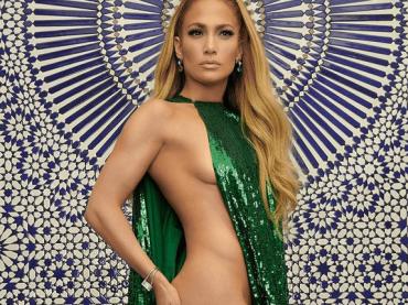 Jennifer Lopez (quasi) nuda per InStyle, la foto