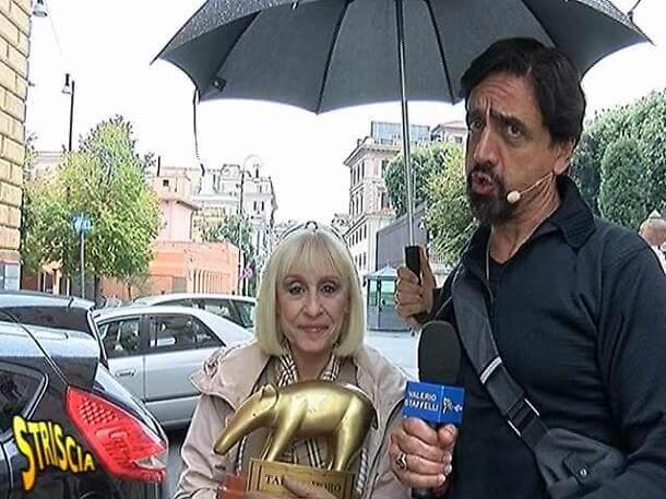 Tapiro d'Oro a Raffaella Carrà2