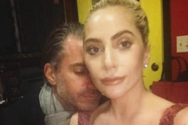 Lady Gaga di nuovo single, è finita con Christian Carino
