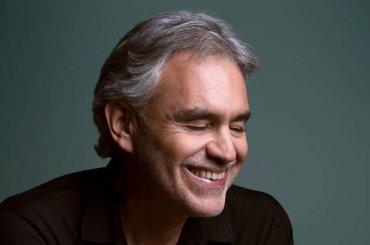 Andrea Bocelli batte A Star is Born, esordio in testa alla Billboard 200 con 'SÌ'
