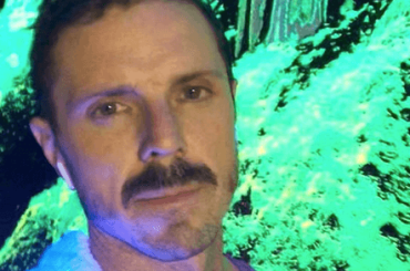 Jake Shears in mutande sui social, la foto
