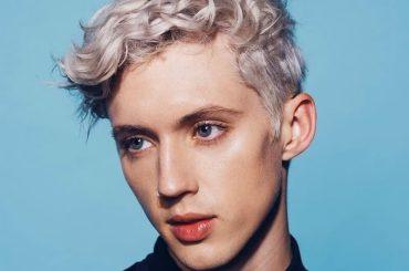 Troye Sivan canta 'Somebody To Love' dei Queen, la splendida cover – audio