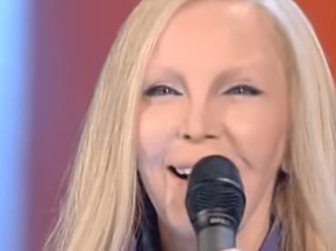 """Patty Pravo distrugge """"La bambola""""  in diretta tv – video"""