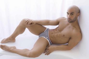 Nicolò Marchionni, l'ex Amico di Maria è nudo sui social – le foto