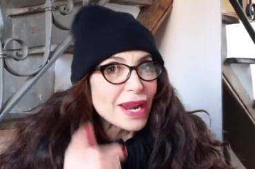 Carmen Di Pietro BEFANA Instagram, il video con la poesia