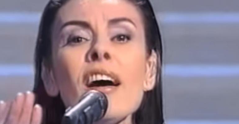Sanremo 2019, – 22 giorni: ricordiamo Alice con  Il giorno dell'indipendenza – video