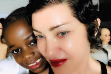 Madonna torna scura, nuovo look – la foto social