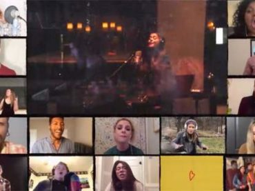"""Rent, tutti cantano """"Seasons of Love"""" – il bellissimo omaggio – VIDEO"""