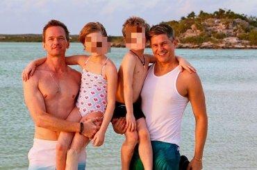 Neil Patrick Harris, David Burtka  e figli, le foto social dalle vacanze