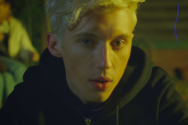 "Lauv & Troye Sivan, video ufficiale per ""i'm so tired…"""
