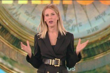 Isola flop, epocale crollo Auditel – è la fine dei reality Mediaset