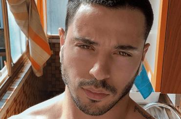 Giuseppe Giofrè di nuovo in mutande su Instagram – la foto
