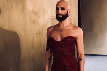 Conchita Wurst si è rapata a zero, le foto social