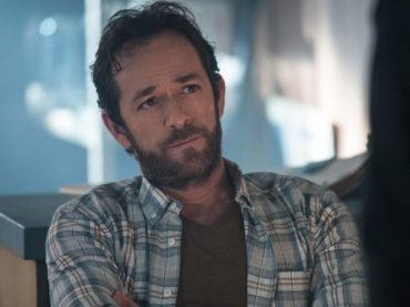 Luke Perry ricoverato d'urgenza, ictus per l'ex Dylan di Beverly Hills 90210