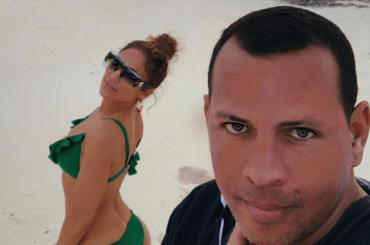 Jennifer Lopez sposa Alex Rodriguez, l'annuncio social