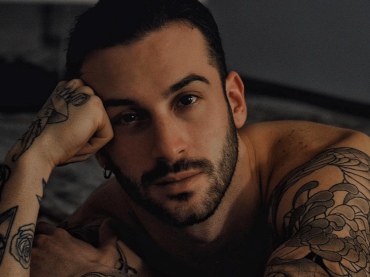 ANDREAS MULLER, nuovo pacco social per l'ex Amico di Maria – foto