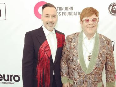 Elton John compie 72 anni, gli auguri social del marito David Furnish: 'TI AMO'
