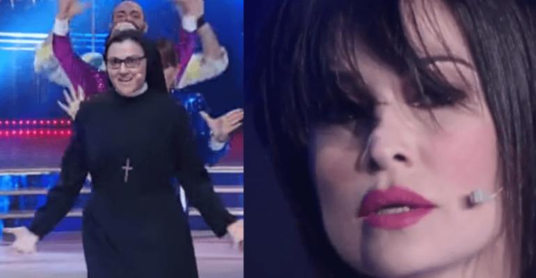 Ballando con le Stelle, ecco le esibizioni di Suor Cristina e  Manuela Arcuri – i video