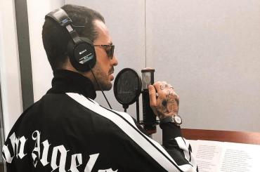 Viva La Libertà, Fabrizio Corona incide il suo singolo