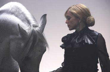 Madonna, problemi a Sintra per il nuovo video: voleva far entrare un cavallo in un palazzo del XVIII secolo