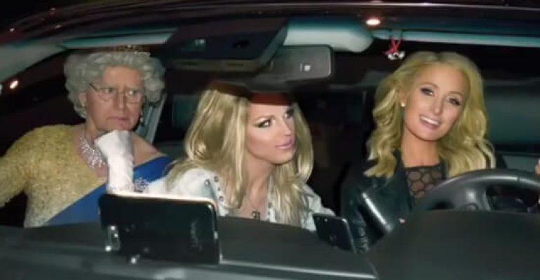 Paris Hilton ricrea l'epica foto in auto con Lindsay Lohan e Britney Spears
