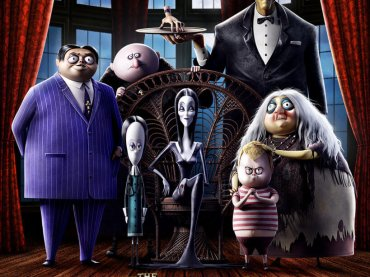 """Haunted Heart"", Christina Aguilera canta per LA FAMIGLIA ADDAMS – il lyric video"
