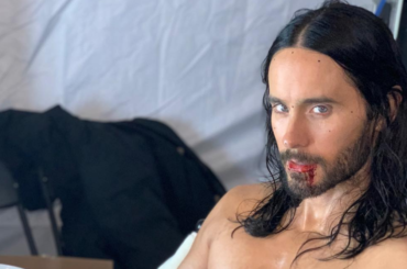 Jared Leto pazzesco senza maglietta, la foto social