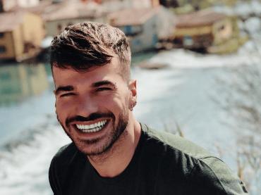 Claudio Sona, primo slip estivo – foto social