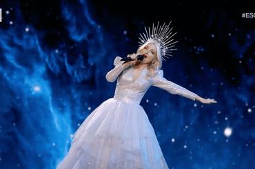 Eurovision, tutti pazzi per l'Australia con Zero Gravity di Kate Miller-Heidke – video