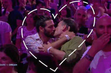 Eurovision 2019, pioggia di baci gay e primi 10 finalisti – VIDEO