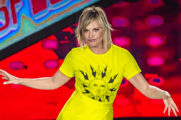 The Voice cresce, vince la serata ma non sfonda: Simona Ventura torna regina Auditel
