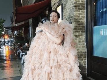 Ezra Miller è LA SOBRIETA' prima del Met Gala 2019, le foto