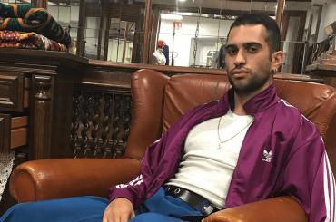 Mahmood in costume sul Mar Morto, la foto social