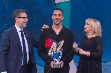 Eurovision 2019, Mahmood celebrato a Che Tempo che Fa annuncia un nuovo singolo – video