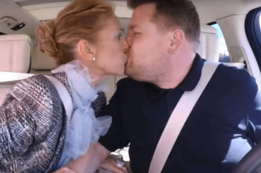 Celine Dion, folle Carpool Karaoke con bacio a James Corden – video