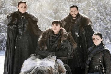 Game of Thrones, nel poster della PRIMA stagione c'era un clamoroso indizio sul FINALE di serie