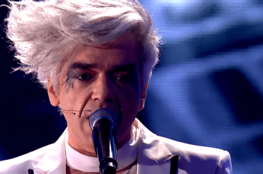 Per per sempre, Morgan  canta il nuovo singolo a The Voice – video
