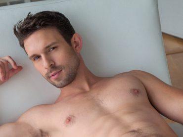 Casey Jacks è morto, il pornodivo gay si sarebbe suicidato