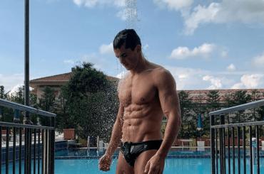 Pietro Boselli, è sexy doccia social – foto