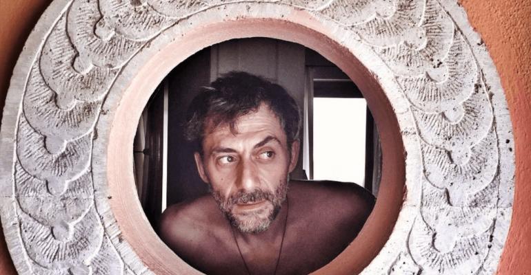 Skianto, su Rai 3 arriva l'one man show di Filippo Timi