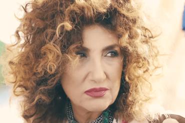Marcella Bella è tornata, ecco Ti Mangerei – video ufficiale