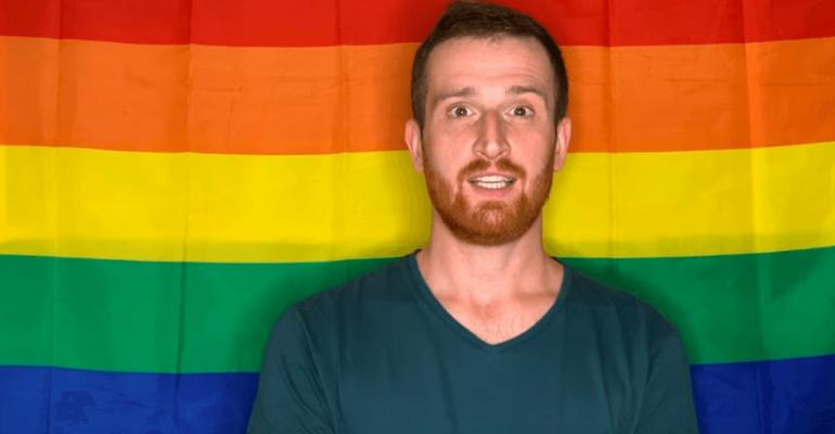 You Need To Calm Down di Taylor Swift rifatta da attivisti e celebrità polacche per dire basta all'omofobia – VIDEO