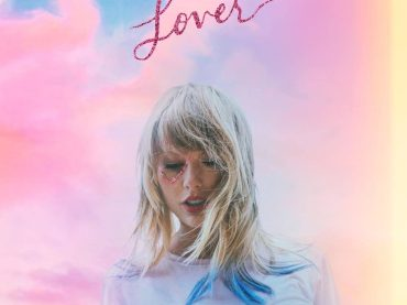 Lover boom negli USA: 450.000 copie in UN giorno per Taylor Swift