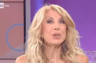 La Rai sovranista e salviniana resuscita pure Gabriella Carlucci  – video